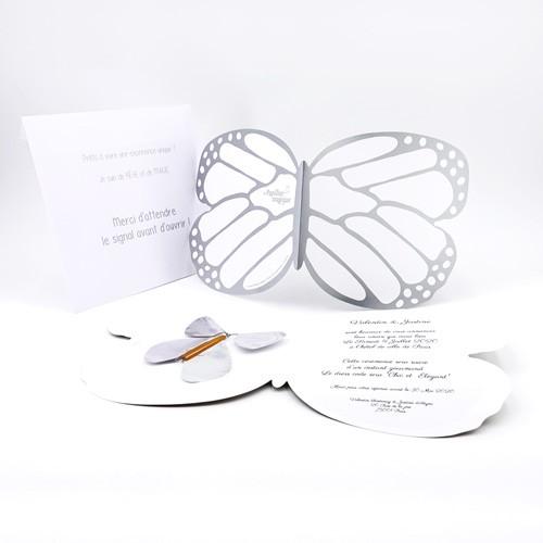 Carte papillon argent personnalisée